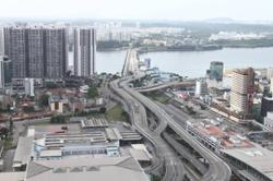 Causeway, Second Link deserted as border crossing to S'pore shuts down