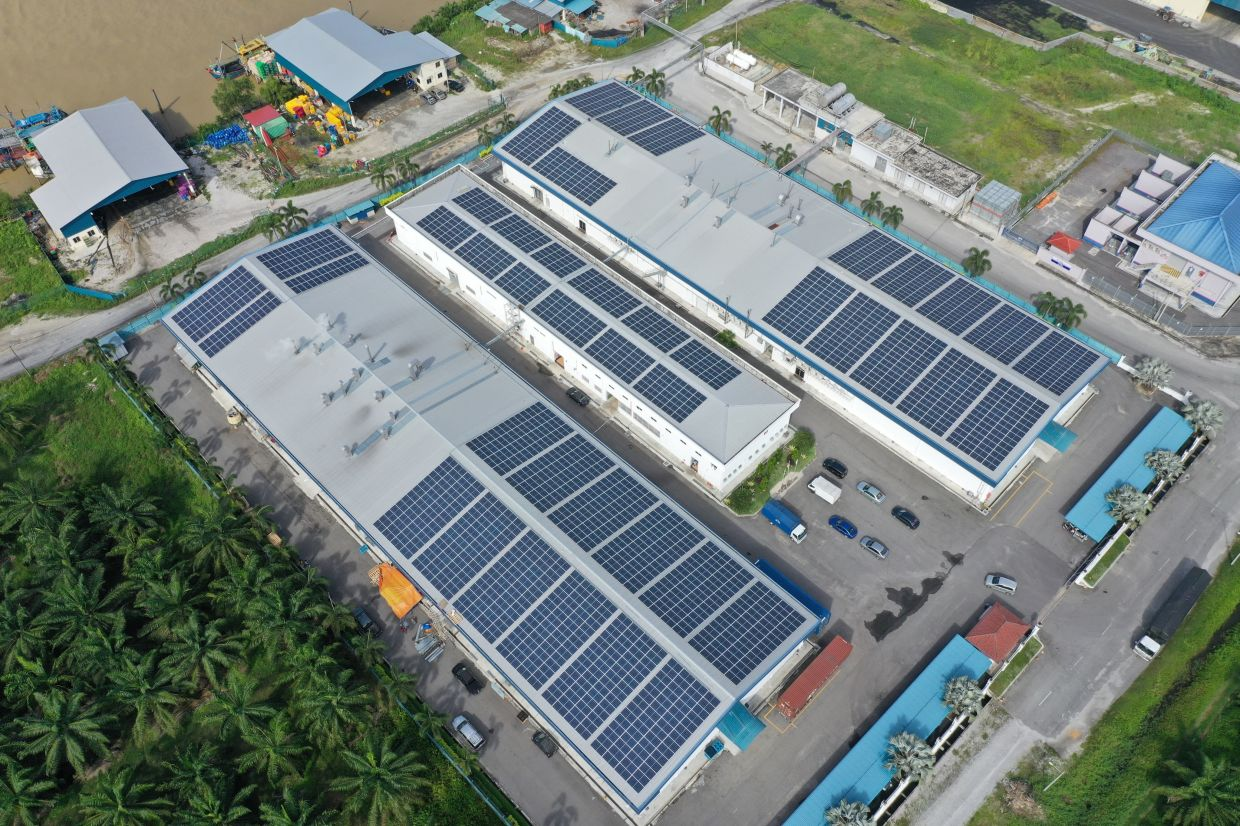 Ray Go Solar EPC focusses on rooftop solar panel system installations, for larger commercial players that often have extensive unused space on their buildings like warehouses or factories. — Ray Go Solar