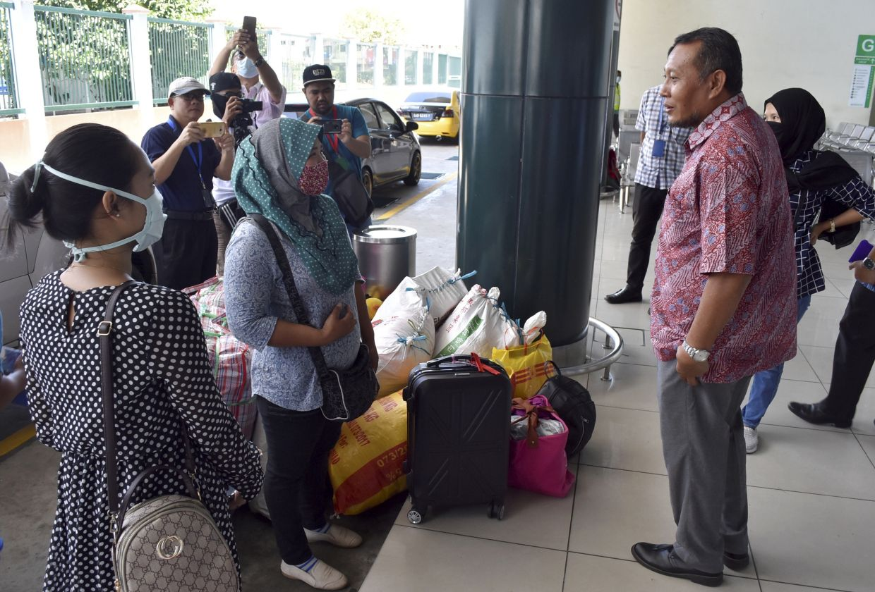 Last Day For Indonesians In Sabah To Return Home Via Ferry Services The Star