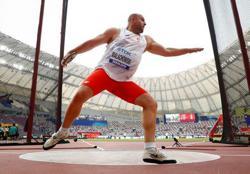 Polish discus thrower Malachowski calls for postponement