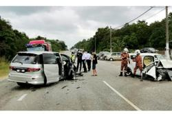 Woman killed, three injured in accident near Mersing