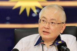 Dr Wee: Motor insurance, driving licence renewals must be done online