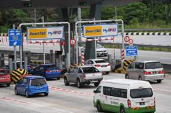 PLUS postpones implementation of RFID lanes at its highways