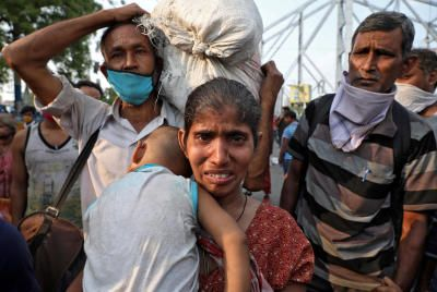 Image result for india, lockdown, day 2, migration, deaths, covid19, pix?