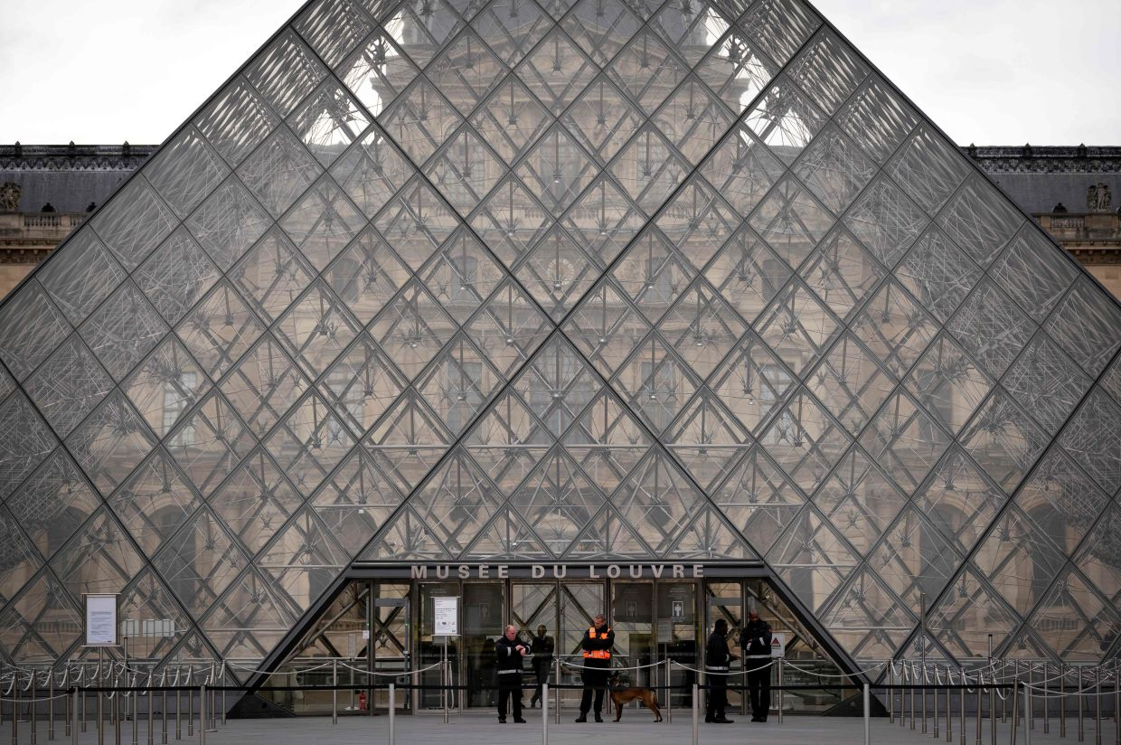 You can still see many of the Louvre's fantastic collections online, thanks to a variety of virtual tours on the museum's website. - AFP
