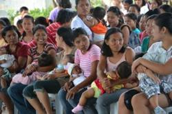 Philippine couples warned against unplanned pregnancies