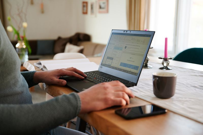 Bosses Enforcing Work-From-Home Hours With Computer Spyware