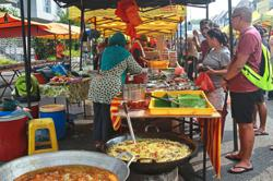 S'gor hawkers looking for other ways to earn income during Ramadan