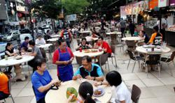Apply online for Selangor's RM500 hawker, petty trader incentive