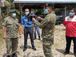 Air surveillance on Simpang Renggam villages