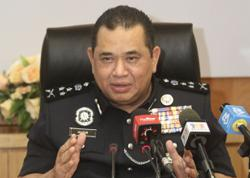Cops looking for two people over viral recordings of fake info