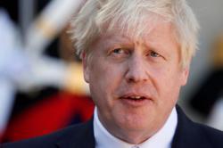 Johnson fights worsening coronavirus symptoms in intensive care