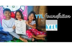 YTL Foundation giving free phones to B40 students