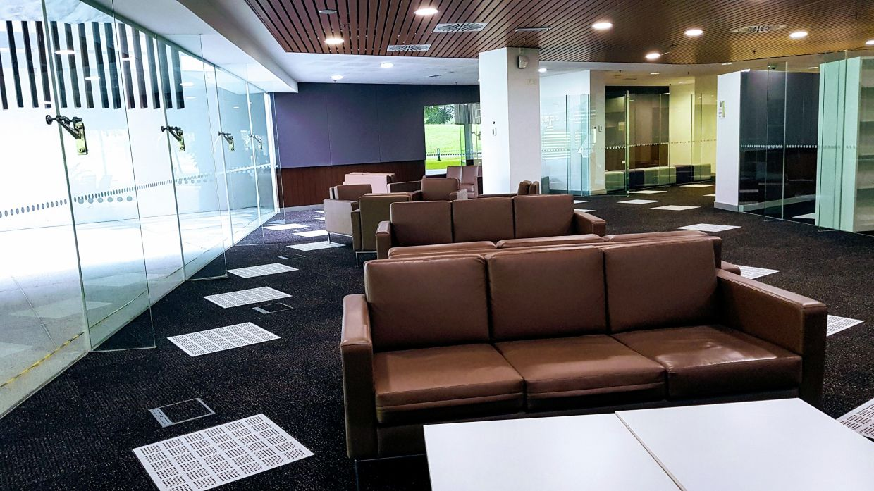 The lounge area outside the on-campus legal clinic.