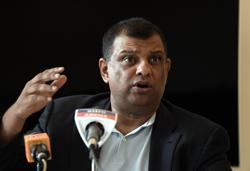 Accept AirAsia credit instead of asking for refunds, urges Tony Fernandes