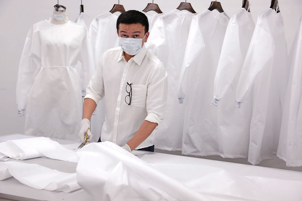 Fashion Designers Help Produce Ppe The Star