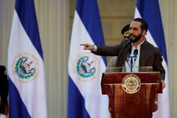 El Salvador's president disregards top court rulings on coronavirus