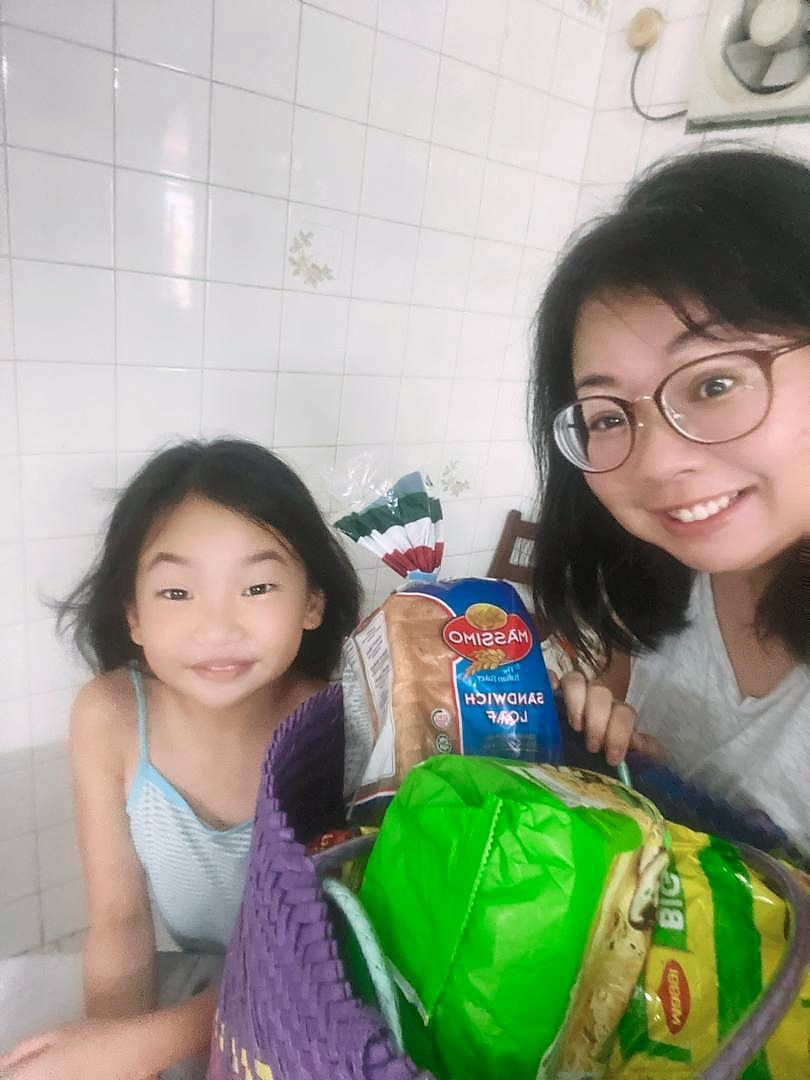 Quah, with daughter Kimi Lim, says being flexible instead of insisting on having certain ingredients can make it less stressful for menfolk doing the grocery shopping.