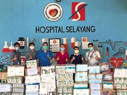 Private doctors, friends donate protective gear to hospital