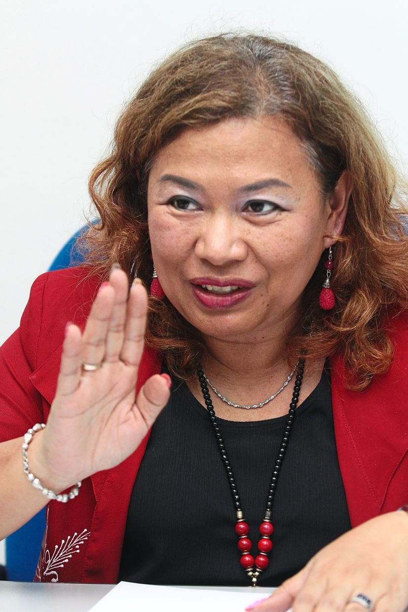 Feilina says Nasom will suffer a loss of RM21,000 if fees are cut by 50%.