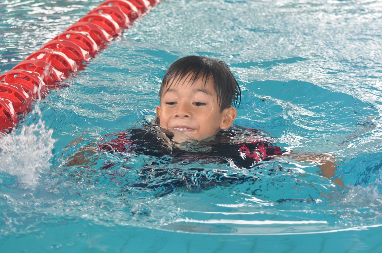 Through exercise, children with autism can enjoy themselves and build their muscle strength.