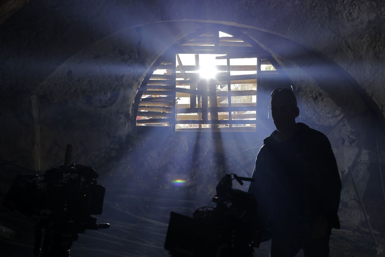 Is there light at the end of the tunnel for filmmakers in Malaysia after the pandemic is over? Photo: Agency