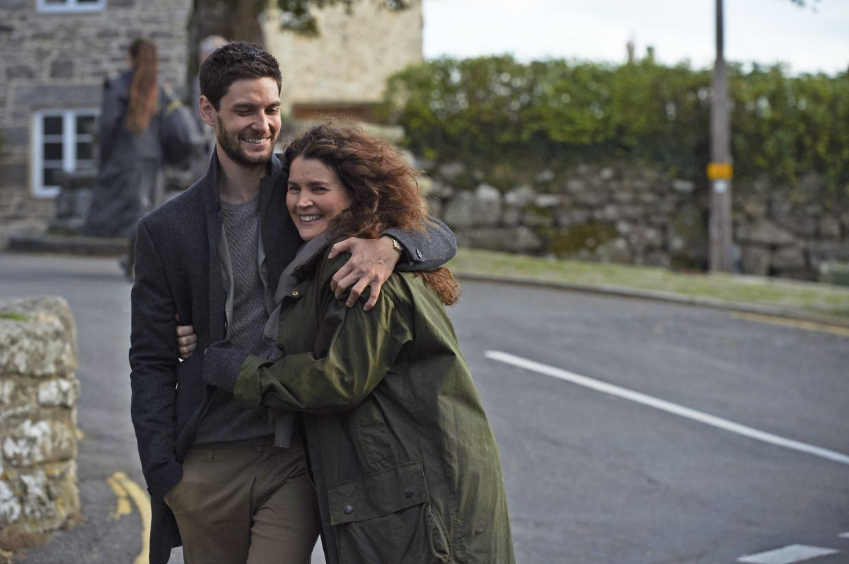 Ben Barnes and Julia Ormond in a scene from the series Gold Digger. Photo: ITV Studios