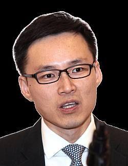 CBC Bank economist Wellian Wiranto