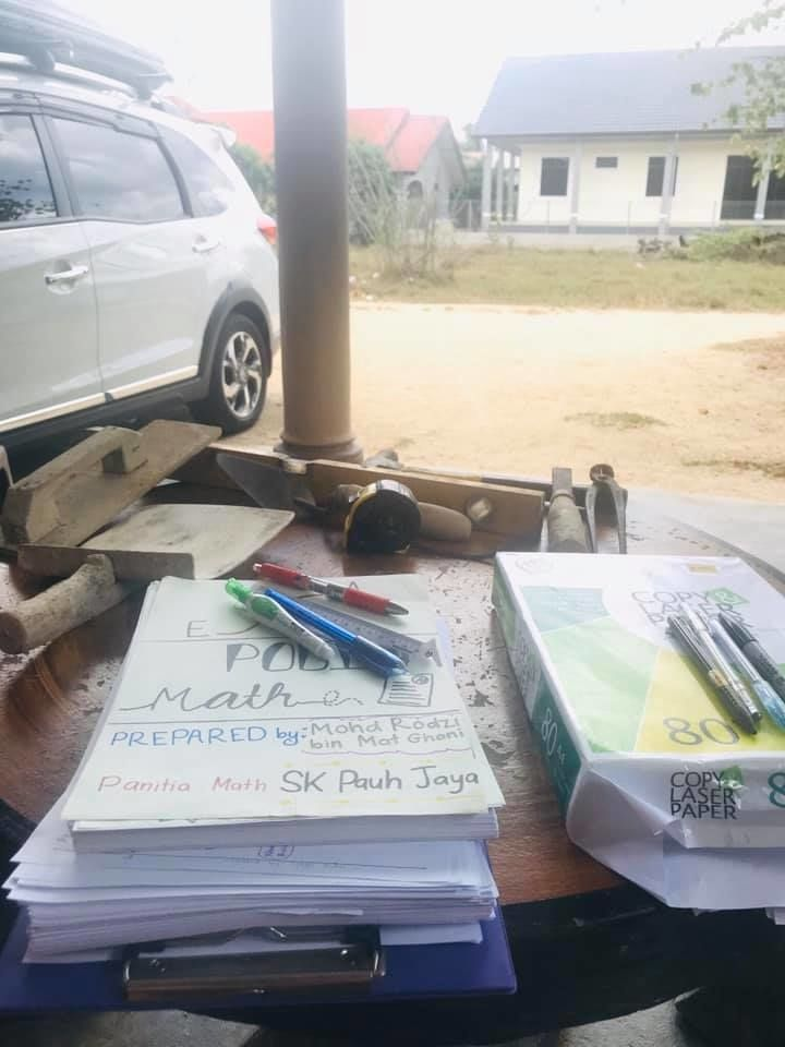 Rodzi's handwritten notes have received 'good feedback from both parents and students who are not even from my school', he said, adding that one particular note has received more than 13,000 shares on Facebook. — RODZI GHANI