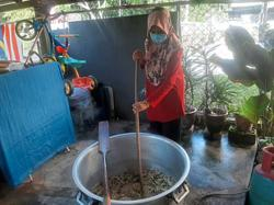 Sharing hearty bubur lambuk