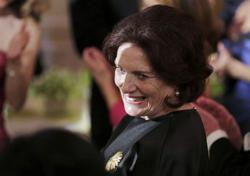 Margaret Trudeau, mother of Canada PM, treated for smoke inhalation -CBC