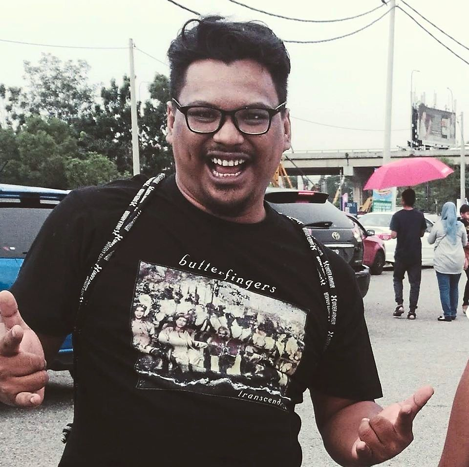 Amirulrafiq wants to help food sellers in Seremban earn an income using online platforms. — AMIRULRAFIQ KAMARUDDIN