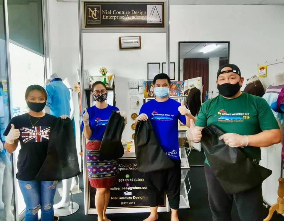 Sabahans Passionate About Fashion Design Ppe For Hospital Staff Of Queen Elizabeth Hospital Ii The Star