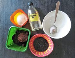 Zero Waste Malaysia offers tutorial on how to make a DIY coffee scrub.