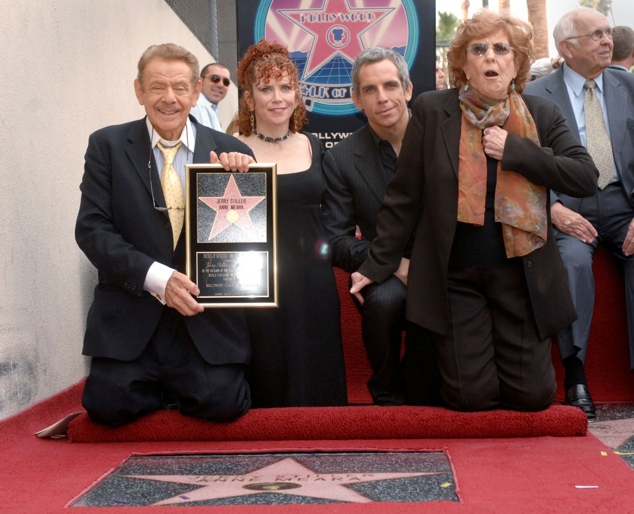 File photo: Brother and sister Amy (2nd L) and Ben Stiller (2nd R) pose for pictures at a ceremony where their parents Jerry Stiller and Anne Meara are honoured with a star on the Hollywood Walk of Fame in Los Angeles, California February 9, 2007. Photo: Reuters