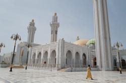 Senegal to re-open mosques, ease restrictions as coronavirus cases jump