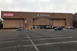 US bankruptcy court lets J.C. Penney pay staff, vendors
