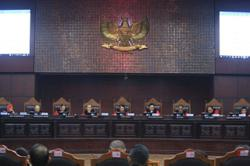 Indonesian Court summonses Jokowi, House to next hearing in Covid-19 response judicial review