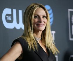 Julia Roberts, other stars hand over social-media spotlight to health experts