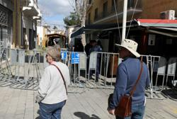 Crossing points on divided Cyprus will gradually open from June 8