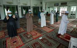 Sarawak mosques, surau reopen for Friday prayers, limited to 12 people