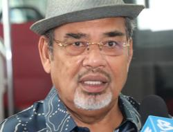 Tajuddin rubbishes claims Umno members enticed with GLC, Cabinet posts