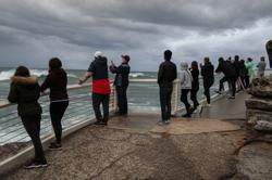 Australia PM pushes jobs, Victoria to resume tourism as virus eases