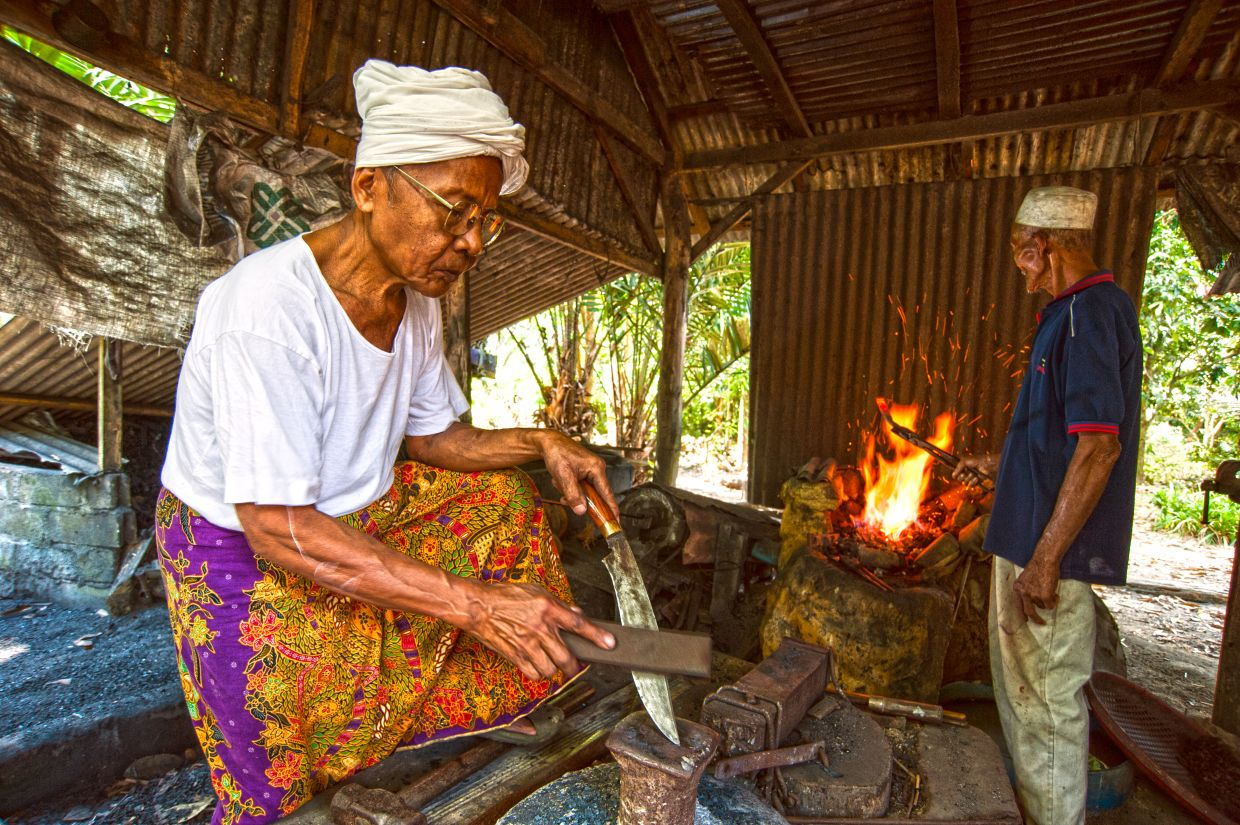There are only a few keris makers left today, but they are very generous with sharing their knowledge of the craft and trade.