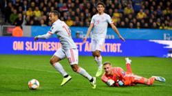 Bayern's Thiago to miss top game at Dortmund through injury