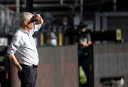 Favre safe in his job despite Bayern loss, says Dortmund CEO