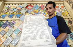 Malaysian collector has a house filled with Merdeka-era vintage items