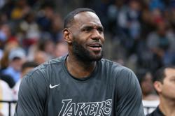 LeBron James joins athletes voicing outrage over death of unarmed black man after arrest
