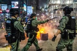 Hong Kong police condemn rioters' unlawful acts, arrest 360