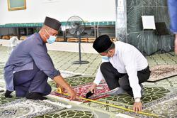 Almost 30,000 in Brunei book slots for Friday prayers at mosques